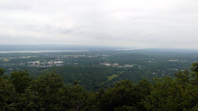 View northwest of Beacon, from Overlook Trail